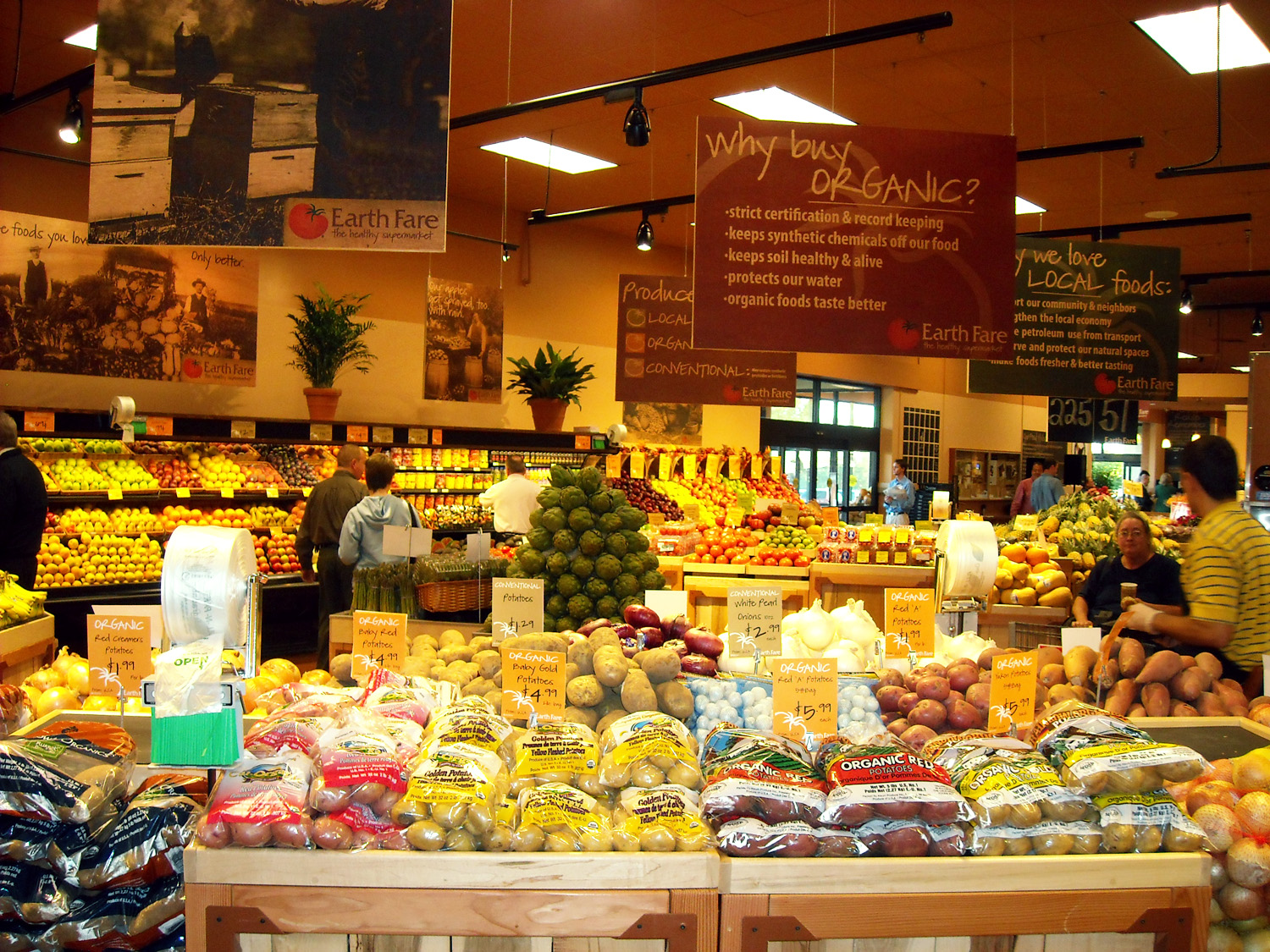 """marketing mix organic foods To give you a better insight into the unique business and marketing culture of whole foods market,  to become certified as the first national """"organic."""